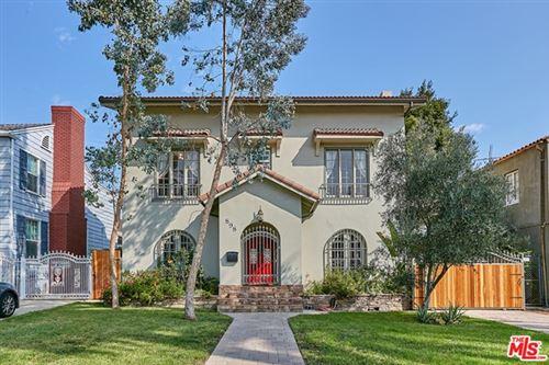 Photo of 898 S Victoria Avenue, Los Angeles, CA 90005 (MLS # 20635048)