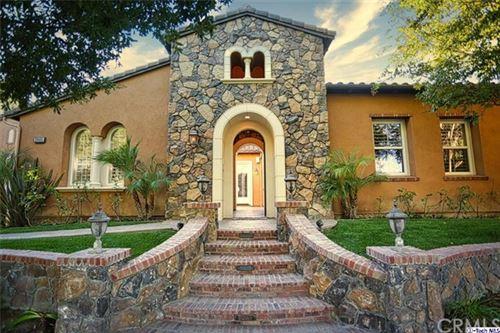 Photo of 26485 Black Oak Drive, Valencia, CA 91381 (MLS # 320004048)