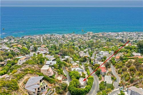 Photo of 889 Summit Drive, Laguna Beach, CA 92651 (MLS # LG21226048)