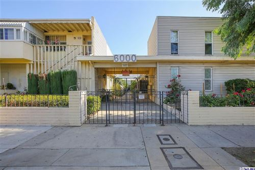 Photo of 6000 Coldwater Canyon Avenue #4, North Hollywood, CA 91606 (MLS # 320008049)