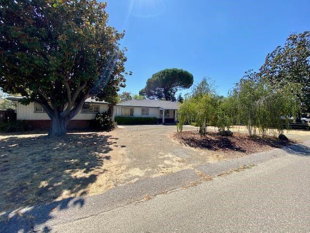 13690 Beaumont Avenue, Saratoga, CA 95070 - #: ML81804049