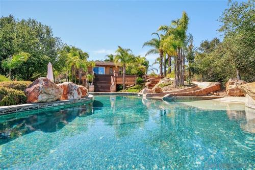 Photo of 30250 Anthony Hollow, Valley Center, CA 92082 (MLS # 210027051)