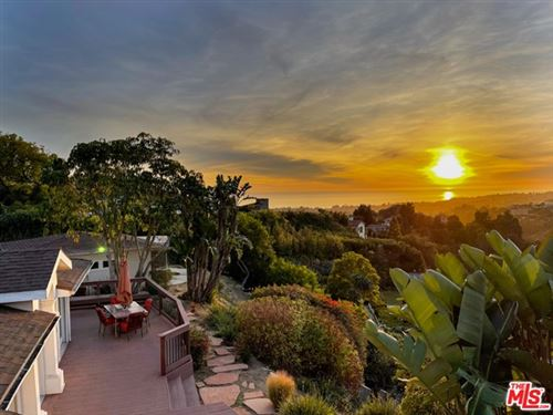 Photo of 1423 Chautauqua Boulevard, Pacific Palisades, CA 90272 (MLS # 21681052)