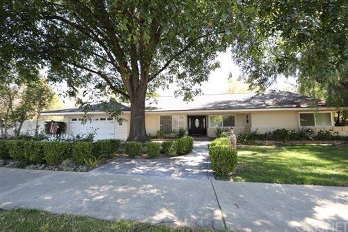 Photo of 9514 Vanalden Avenue, Northridge, CA 91324 (MLS # SR21064053)
