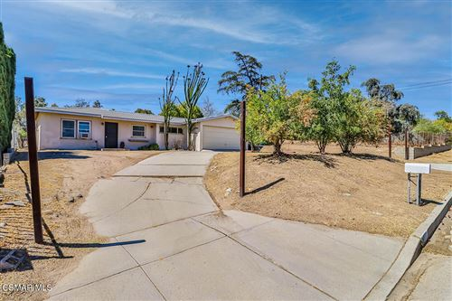 Photo of 10413 Independence Avenue, Chatsworth, CA 91311 (MLS # 221005054)