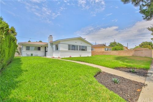Photo of 1629 W Pine Street, Santa Ana, CA 92703 (MLS # DW21136055)