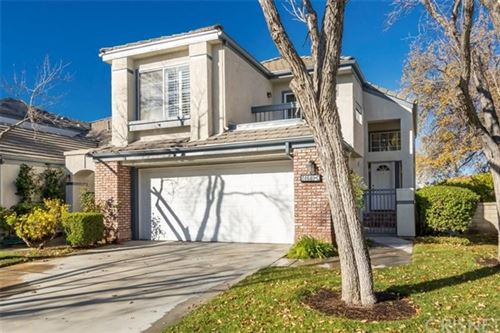 Photo of 24640 Brighton Drive #C, Valencia, CA 91355 (MLS # SR21002055)