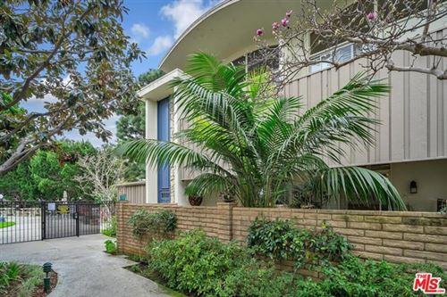 Photo of 13221 Admiral Avenue #J, Marina del Rey, CA 90292 (MLS # 21692056)