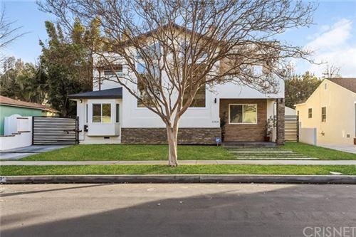 Photo of 13514 Morrison Street, Sherman Oaks, CA 91423 (MLS # SR21003056)