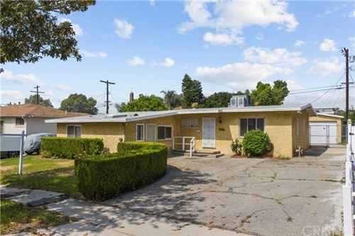Photo of 8353 Costello Avenue, Panorama City, CA 91402 (MLS # SR21078056)