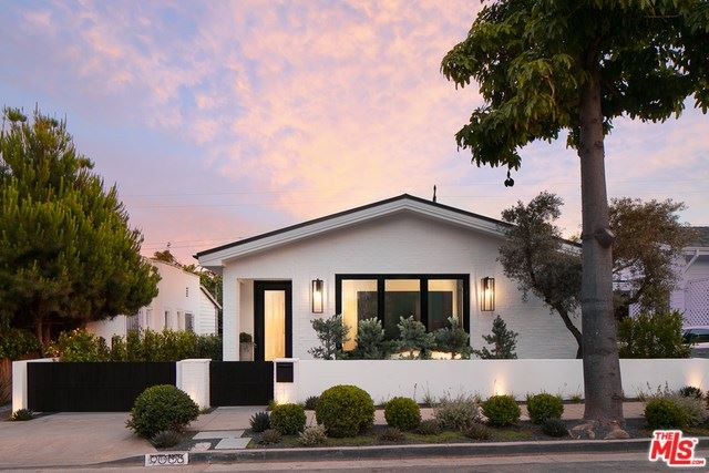 Photo for 9008 DICKS Street, West Hollywood, CA 90069 (MLS # 19486056)