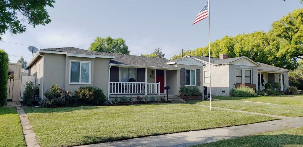 Photo of 3305 Clark W Ave #3305 W Clark Ave, Burbank, CA 91505 (MLS # 210029056)