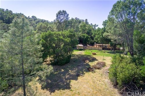 Photo of 6995 Running Deer Road, Paso Robles, CA 93446 (MLS # NS21089058)