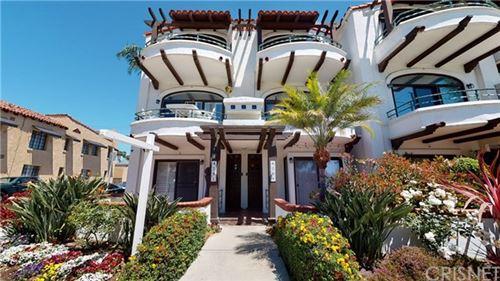 Photo of 4201 E Ocean Boulevard, Long Beach, CA 90803 (MLS # SR21095058)
