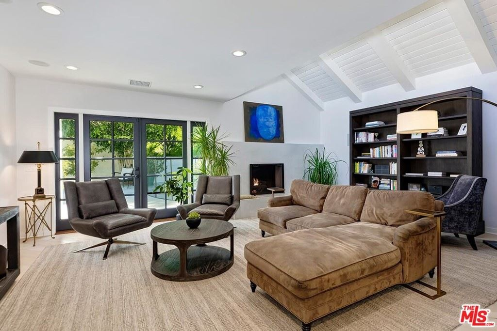 Photo of 1944 N Beverly Drive, Beverly Hills, CA 90210 (MLS # 21747058)