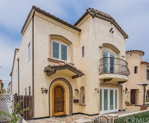 Photo of 41 W Neapolitan Lane, Long Beach, CA 90803 (MLS # CV21077059)
