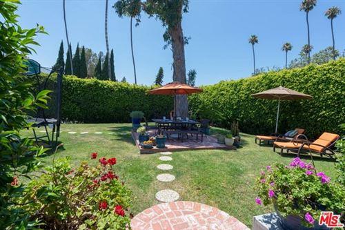 Photo of 11996 Darlington Avenue, Los Angeles, CA 90049 (MLS # 20610060)