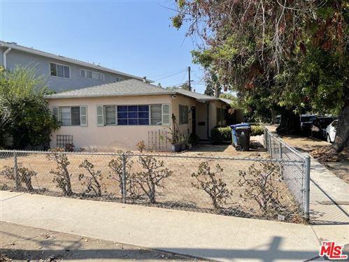 Photo of 2967 Veteran Avenue, Los Angeles, CA 90064 (MLS # 21781060)