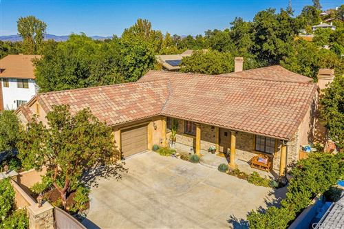 Photo of 24528 Valley Street, Newhall, CA 91321 (MLS # SR21233060)