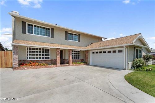 Photo of 2195 Medina Avenue, Simi Valley, CA 93063 (MLS # 221004061)