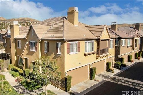 Photo of 28380 Santa Rosa Lane, Saugus, CA 91350 (MLS # SR21010061)