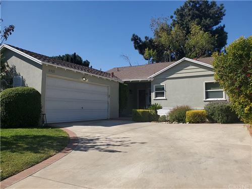 Photo of 8925 Chimineas Avenue, Northridge, CA 91325 (MLS # SR21234061)