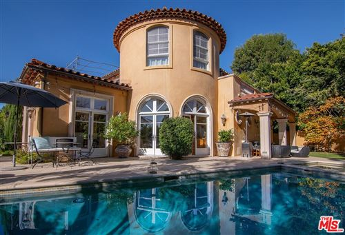 Photo of 3002 Hutton Place, Beverly Hills, CA 90210 (MLS # 21679062)
