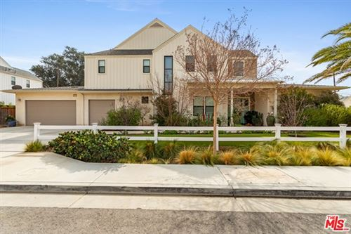 Photo of 22022 Calle Milagros, Chatsworth, CA 91311 (MLS # 21693062)