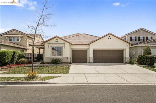 Photo of 210 Daylily Ln, Patterson, CA 95363 (MLS # 40945062)