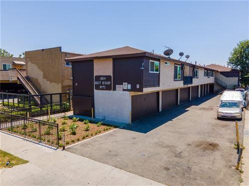 Photo of 1006 W Bishop Street, Santa Ana, CA 92703 (MLS # OC21082062)