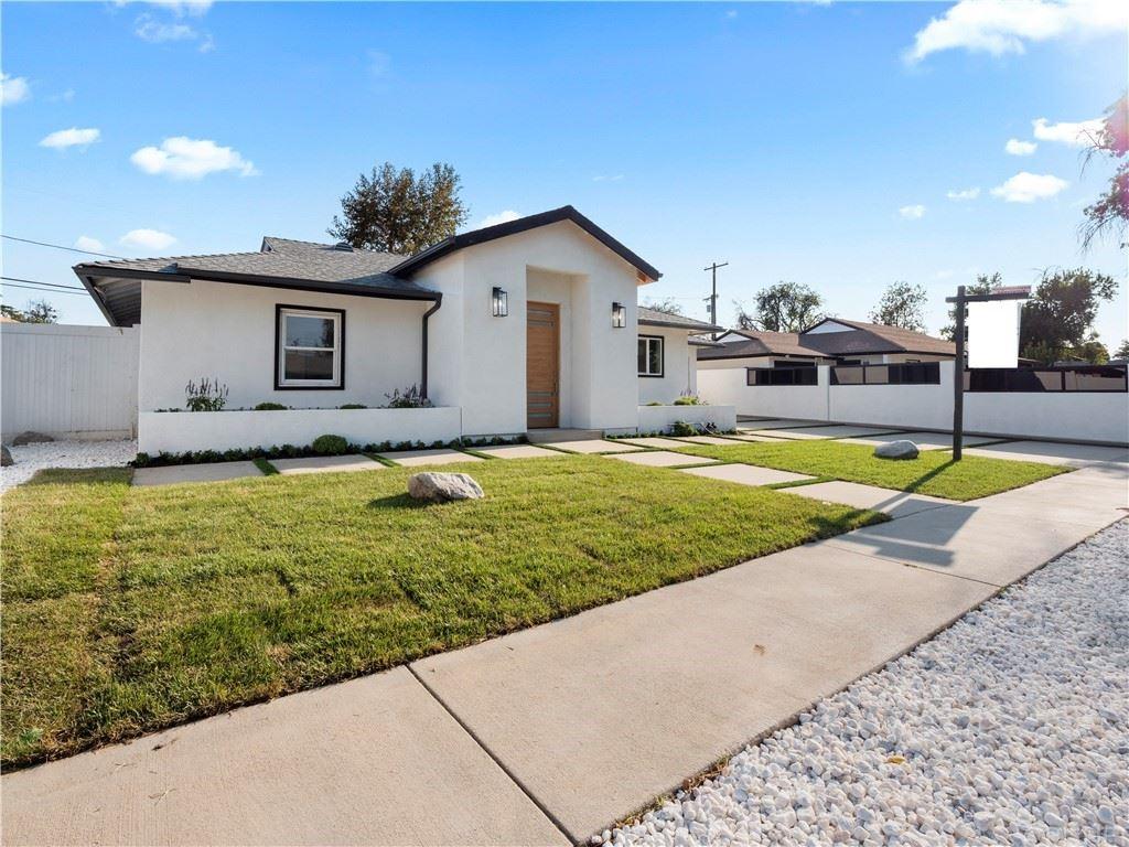 Photo of 17460 Cohasset Street, Lake Balboa, CA 91406 (MLS # SR21200062)
