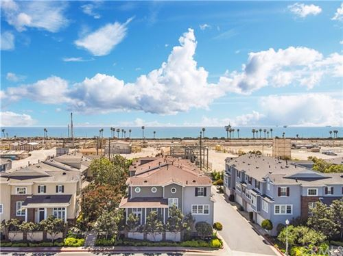 Photo of 6260 Seabourne Drive #53, Huntington Beach, CA 92648 (MLS # OC21096063)