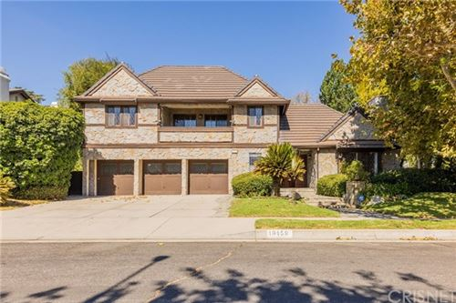 Photo of 19159 Stare Street, Northridge, CA 91324 (MLS # SR20194063)