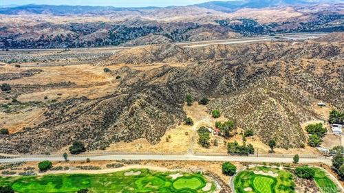 Photo of 27600 Oak Springs Canyon, Canyon Country, CA 91387 (MLS # SR21145063)