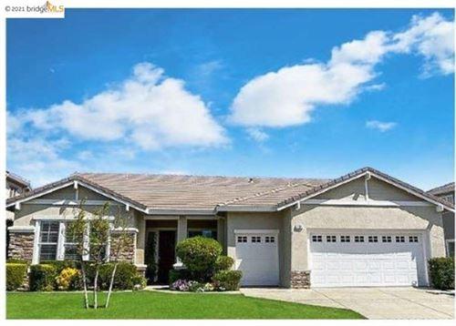 Photo of 794 CENTENNIAL PL, Brentwood, CA 94513 (MLS # 40947064)