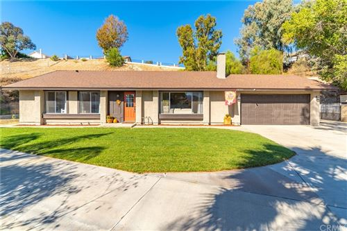 Photo of 28351 Winterdale Drive, Canyon Country, CA 91387 (MLS # TR21230064)