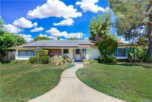 Photo of 8500 Belmar Avenue, Northridge, CA 91324 (MLS # SR21163065)