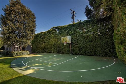 Tiny photo for 713 N Crescent Drive, Beverly Hills, CA 90210 (MLS # 21684066)
