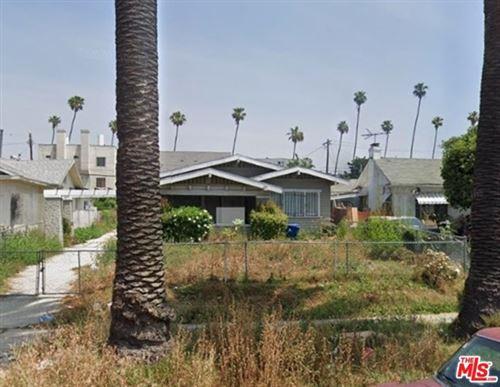 Photo of 638 N Ardmore Avenue, Los Angeles, CA 90004 (MLS # 21688066)