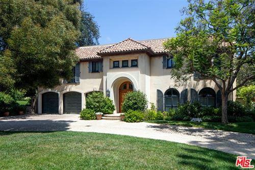 Photo of 420 S Bristol Avenue, Los Angeles, CA 90049 (MLS # 21692066)