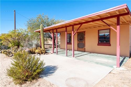 Photo of 62412 Two Mile Road, Joshua Tree, CA 92252 (MLS # JT19279066)