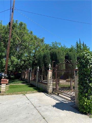 Photo of 15804 Marlin Place, Lake Balboa, CA 91406 (MLS # SR20238066)