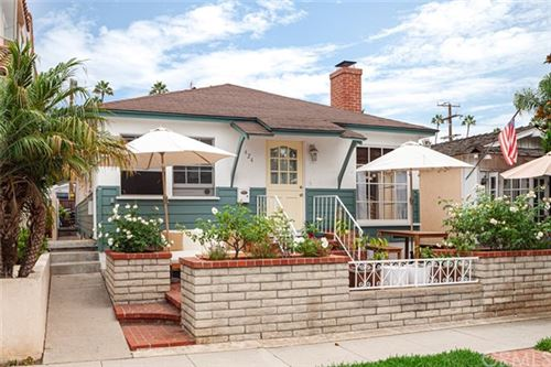 Photo of 424 Fernleaf Avenue, Corona del Mar, CA 92625 (MLS # NP20188067)