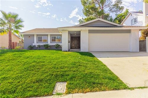 Photo of 29253 Snapdragon Place, Canyon Country, CA 91387 (MLS # SR20211067)