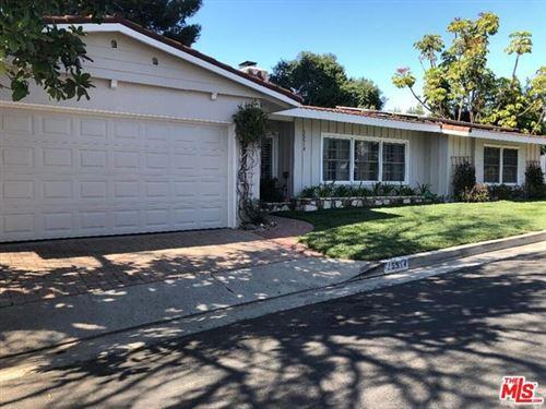 Photo of 15514 Briarwood Drive, Sherman Oaks, CA 91403 (MLS # 21694068)