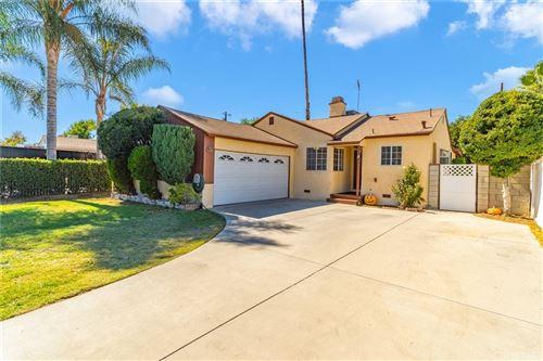 Photo of 6717 Wynne Avenue, Reseda, CA 91335 (MLS # SR21226069)