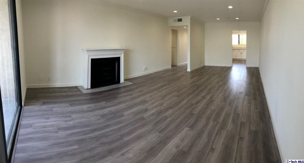 Photo of 1401 Valley View Road #225, Glendale, CA 91202 (MLS # 320008069)