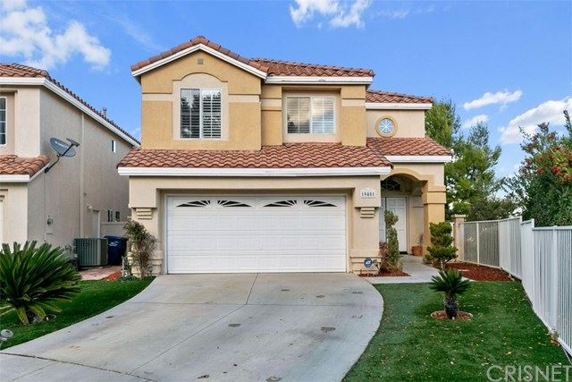 Photo for 19401 San Marino Court, Newhall, CA 91321 (MLS # SR19273069)