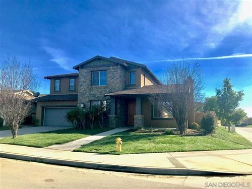 Photo of 32035 OLD COUNTRY CT, Winchester, CA 92596 (MLS # 200036070)