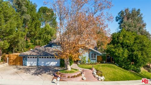 Photo of 24423 Vista Ridge Drive, Valencia, CA 91355 (MLS # 21677070)